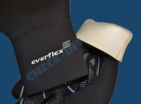 Перчатки EverFlex 5 мм 4